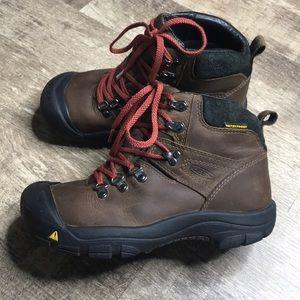 Keen boys waterproof hiking boots